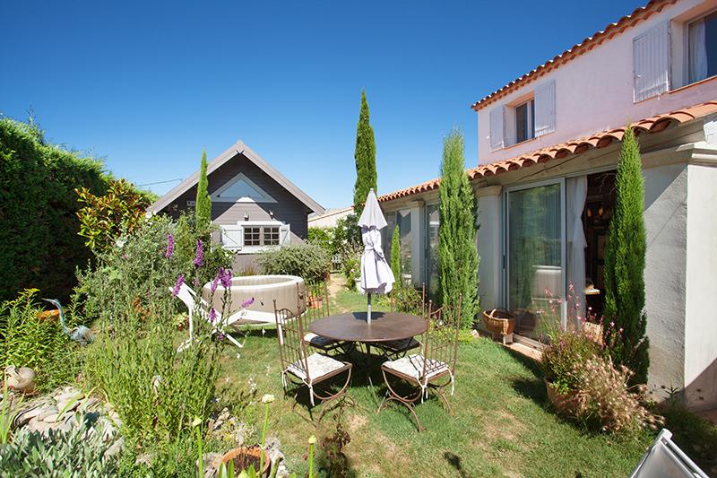 Maison-Villa - POURRIERES