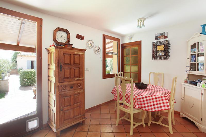 Maison-Villa - SAINT CANNAT